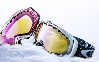 Goggles:Oakley and more