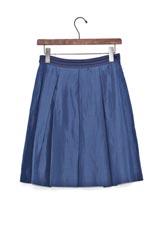 UNTITLED シャンタンプリーツデザインスカート ブルー