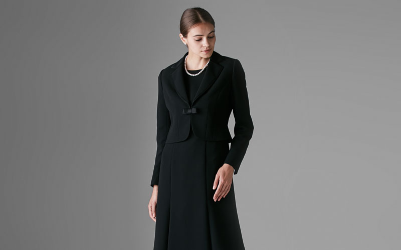 MARIO VALENTINO and more:Black Formal