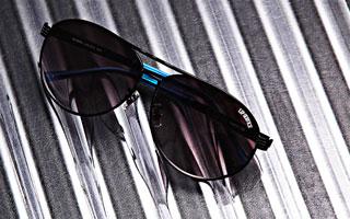 LIP SERVICE:sunglasses