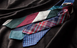 THE TIE SHOP
