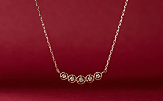 4 SEASONS JEWELRY:Diamonds