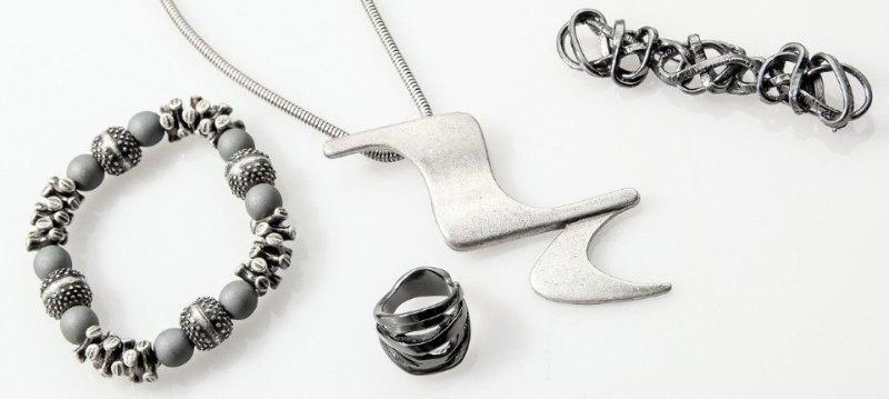 Sarah Pacini:Accessories
