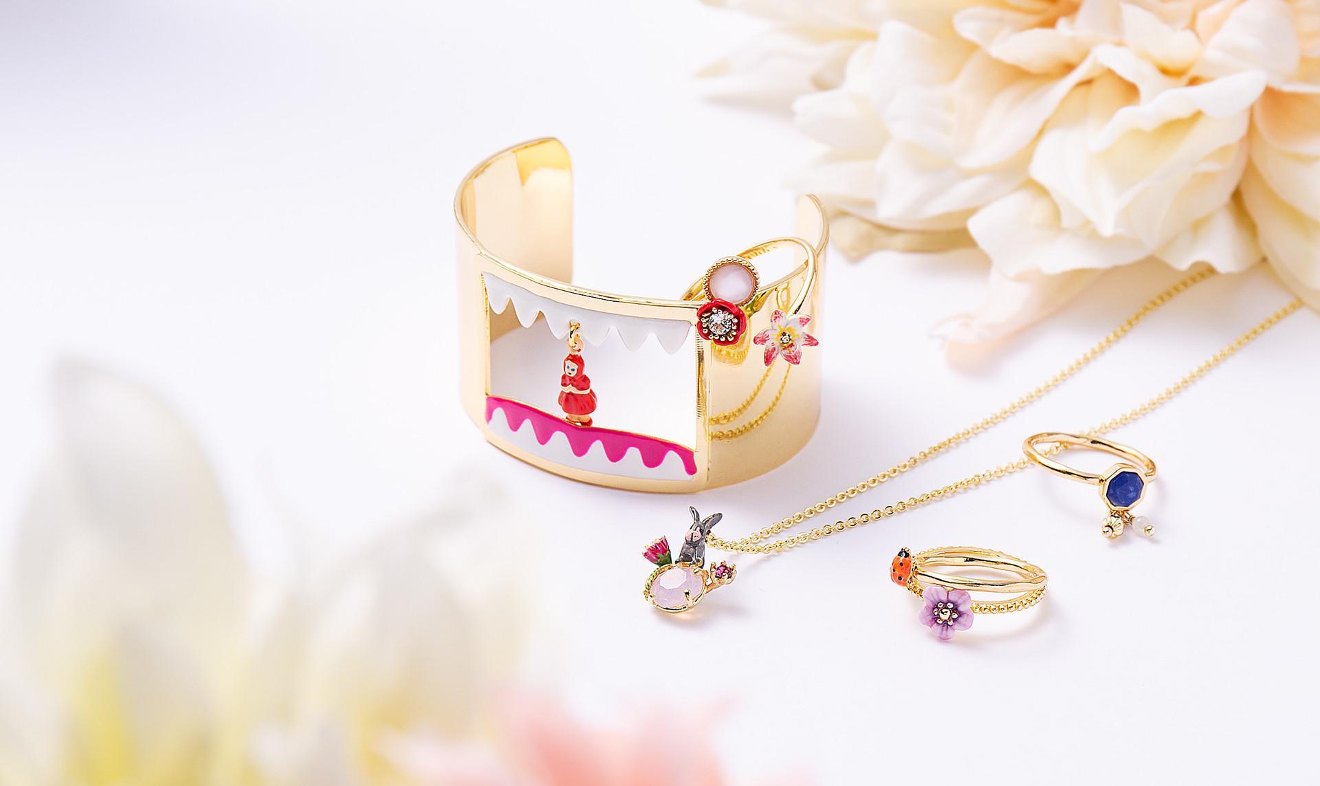 Les Néréides:Necklaces & Rings